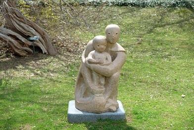 札幌市中島公園の彫刻達_f0362073_07210506.jpg