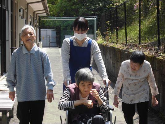 5/11 日中活動_a0154110_15454620.jpg