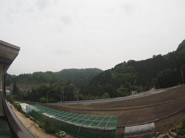 曇りのち雨_c0116915_2353317.jpg