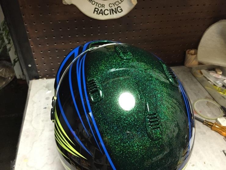 TLC 三浦ドライバー ヘルメット_e0196826_00515041.jpg