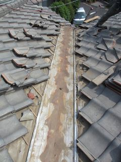 練馬区の上石神井南町で、瓦屋根修理_c0223192_22435402.jpg