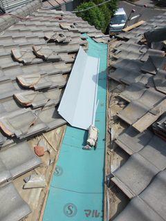 練馬区の上石神井南町で、瓦屋根修理_c0223192_22435816.jpg