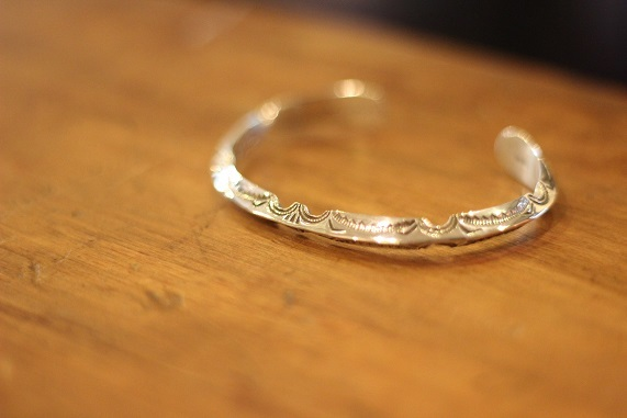 "\""HOPI\"" & \""NAVAJO\"" Indian Jewellery ご紹介_f0191324_08194782.jpg"