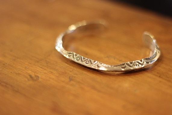 "\""HOPI\"" & \""NAVAJO\"" Indian Jewellery ご紹介_f0191324_08195343.jpg"