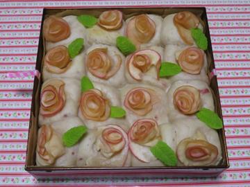 母の日の薔薇ちぎりパン_a0150910_19115678.jpg