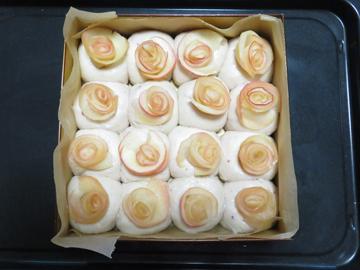 母の日の薔薇ちぎりパン_a0150910_19245261.jpg