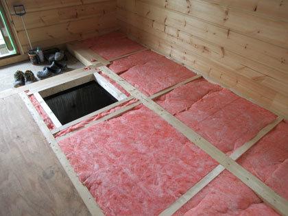 床断熱と外壁塗装_e0123419_13223926.jpg