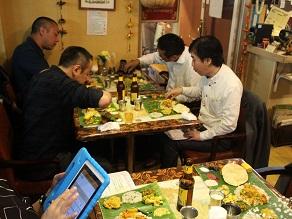 ケララバワンで手食の会、サッディヤパーティーを開催してみた_c0030645_21335516.jpg