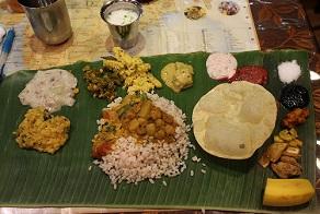ケララバワンで手食の会、サッディヤパーティーを開催してみた_c0030645_2142238.jpg