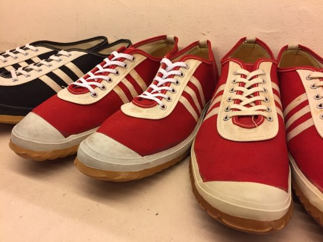 5月17日(水)大阪店ヴィンテージ&スニーカー入荷!#1 VintageSneaker編!20~30\'sBlackHi&ChuckTaylor!!_c0078587_010965.jpg