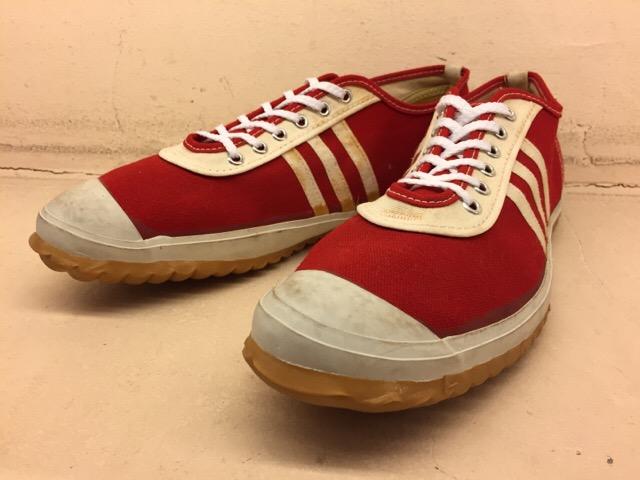 5月17日(水)大阪店ヴィンテージ&スニーカー入荷!#1 VintageSneaker編!20~30\'sBlackHi&ChuckTaylor!!_c0078587_0123714.jpg