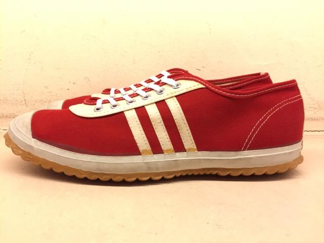5月17日(水)大阪店ヴィンテージ&スニーカー入荷!#1 VintageSneaker編!20~30\'sBlackHi&ChuckTaylor!!_c0078587_0131729.jpg