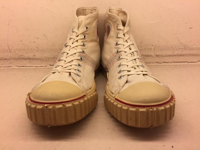 5月17日(水)大阪店ヴィンテージ&スニーカー入荷!#1 VintageSneaker編!20~30\'sBlackHi&ChuckTaylor!!_c0078587_0162743.jpg