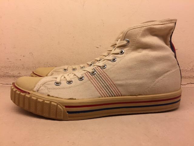 5月17日(水)大阪店ヴィンテージ&スニーカー入荷!#1 VintageSneaker編!20~30\'sBlackHi&ChuckTaylor!!_c0078587_0171439.jpg