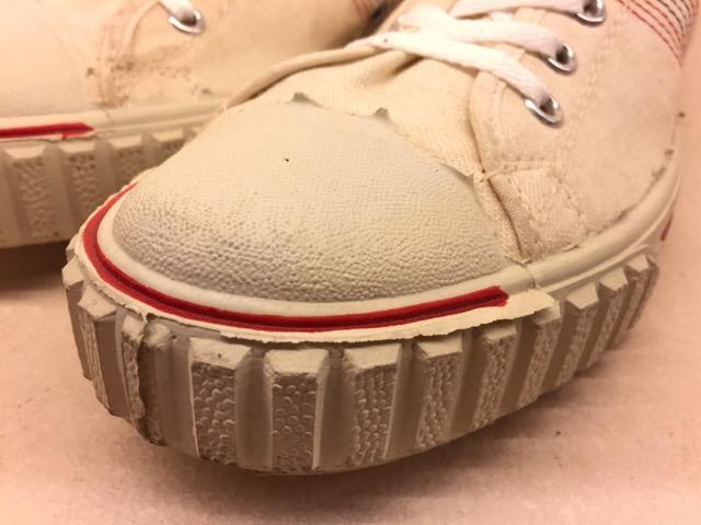 5月17日(水)大阪店ヴィンテージ&スニーカー入荷!#1 VintageSneaker編!20~30\'sBlackHi&ChuckTaylor!!_c0078587_0181145.jpg