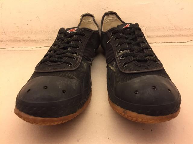 5月17日(水)大阪店ヴィンテージ&スニーカー入荷!#1 VintageSneaker編!20~30\'sBlackHi&ChuckTaylor!!_c0078587_092335.jpg