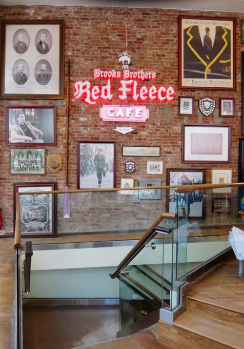 NYのブルックス・ブラザーズ店内にカフェ?! The Red Fleece Café_b0007805_10333411.jpg