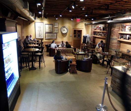NYのブルックス・ブラザーズ店内にカフェ?! The Red Fleece Café_b0007805_10345417.jpg