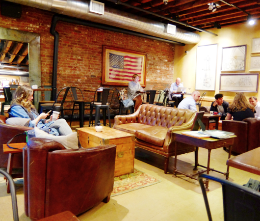 NYのブルックス・ブラザーズ店内にカフェ?! The Red Fleece Café_b0007805_10391167.jpg