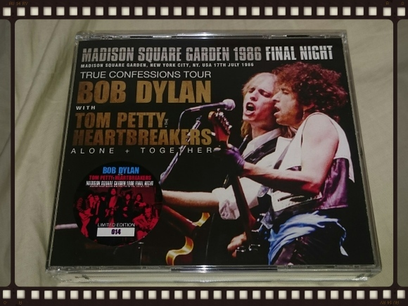 BOB DYLAN with TOM PETTY AND THE HEARTBREAKERS / MADISON SQUARE GARDEN 1986 FINAL NIGHT_b0042308_17113558.jpg