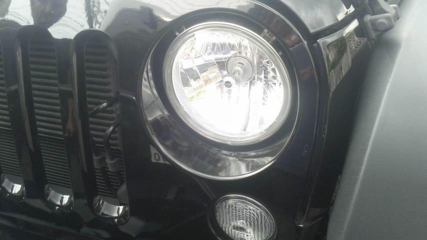 Jeep JK ラングラー 暗いヘッドライトなので 明るさアップ 改善_b0123820_17185889.jpg