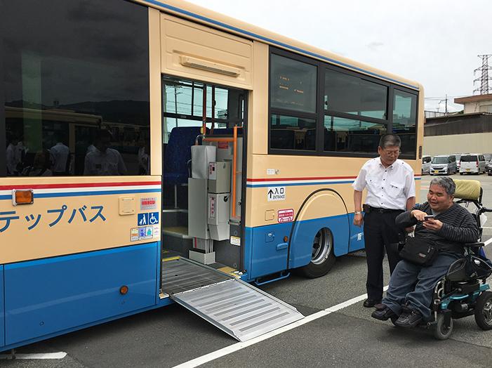 15年標準仕様ノンステップバス_c0167961_18311281.jpg
