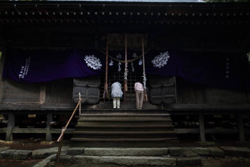 早池峯神社ガイド(桜の残存)_f0075075_1535109.jpg