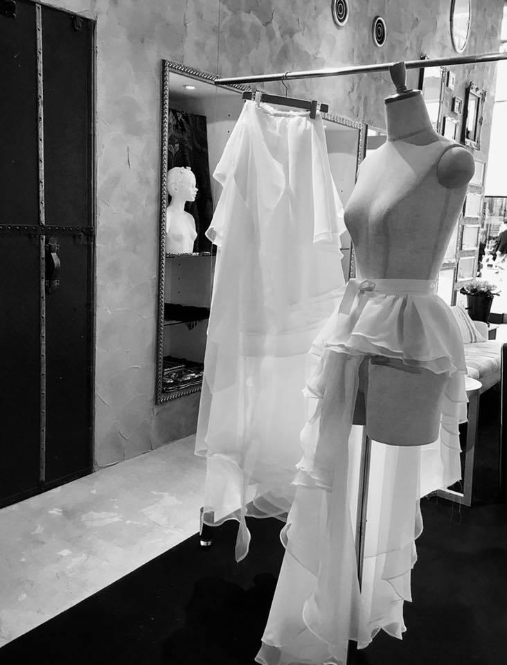 サロンにてオーダー・ウエディングドレスの仮縫い✨_a0138976_12240137.jpg