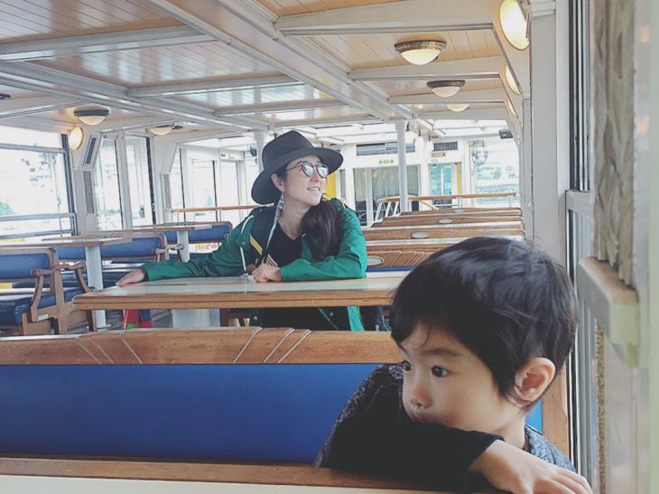 水上バスの旅と日常と_a0127284_11402771.jpg