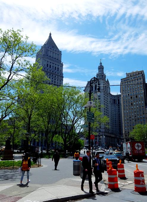 ニューヨークの市役所(City Hall)エリアをお散歩_b0007805_210140.jpg