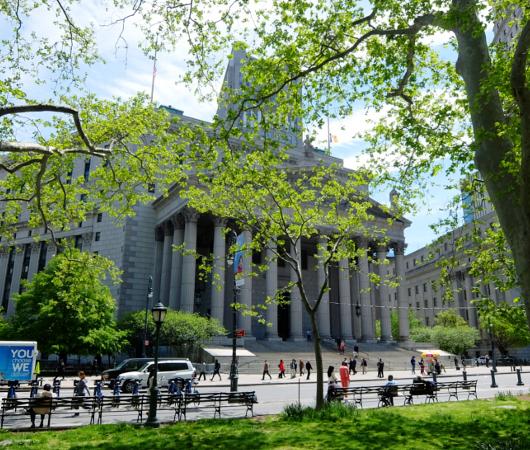 ニューヨークの市役所(City Hall)エリアをお散歩_b0007805_211477.jpg