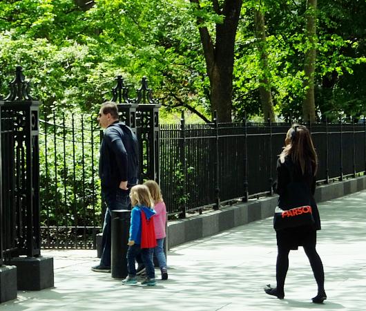 ニューヨークの市役所(City Hall)エリアをお散歩_b0007805_2124270.jpg