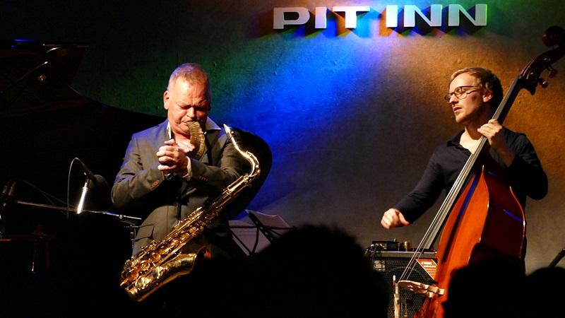 Karl Seglem Acoustic Quartet ライヴ写真_e0081206_13385976.jpg