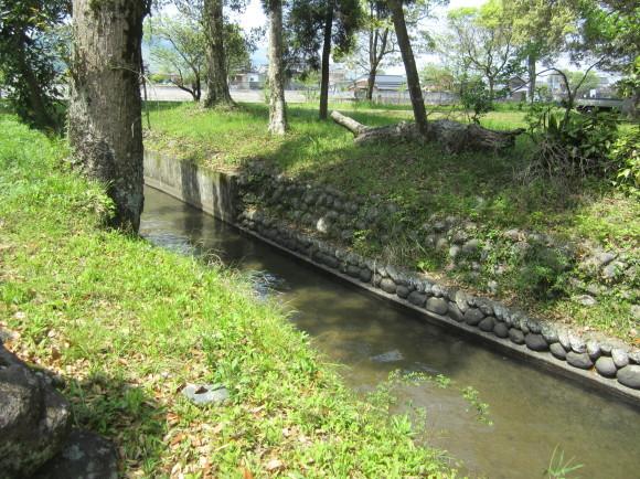 賀茂神社の古墳・うきはの春_a0237545_10030717.jpg