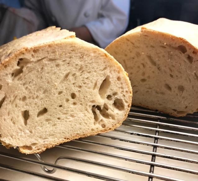 山のお婆ちゃんのあのパン_c0130206_19261796.jpg