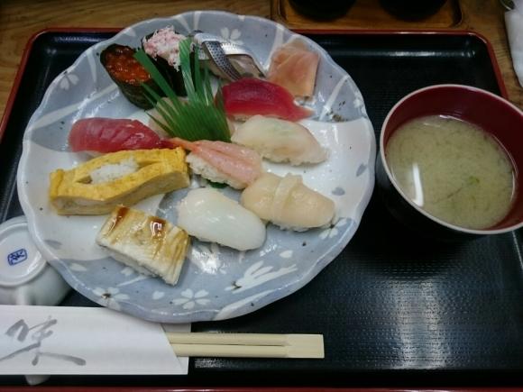 5/17夜勤明け  市場寿司たか  名物にぎり¥1,000 + 小肌 ¥150 @八王子卸売センター_b0042308_16231964.jpg
