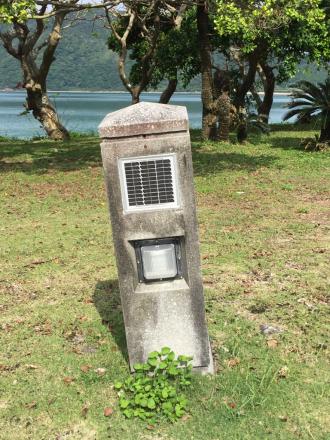 諸鈍長浜公園の灯柱が、_e0028387_12512698.jpg