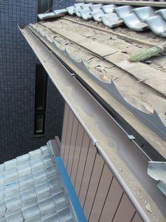 和光市の本町で、瓦屋根修理工事_c0223192_22434112.jpg