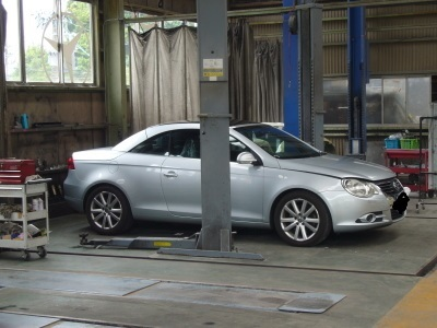 VW EOS(イオス)定期点検及びドライブシャフトブーツ交換_c0267693_16075436.jpg