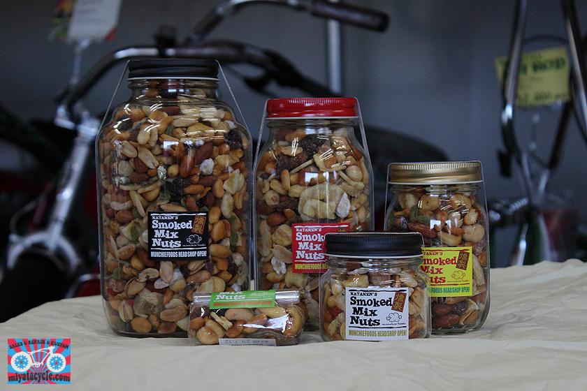 『 Smoked Mix Nuts 』取り扱いスタート_e0126901_07513000.jpg