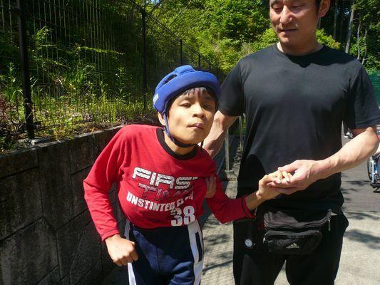 5/18 裏庭散歩_a0154110_10115980.jpg