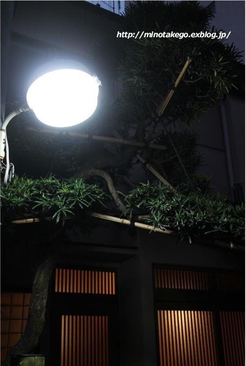 受け継ぐ家 ~外灯を自動点滅式にリノベーション~_e0343145_09263682.jpg