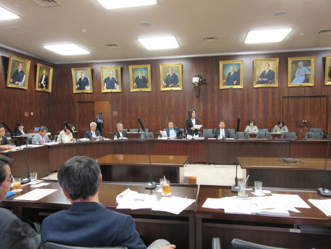 5/16 法務委員会で質問しました。_f0150886_9394245.jpg