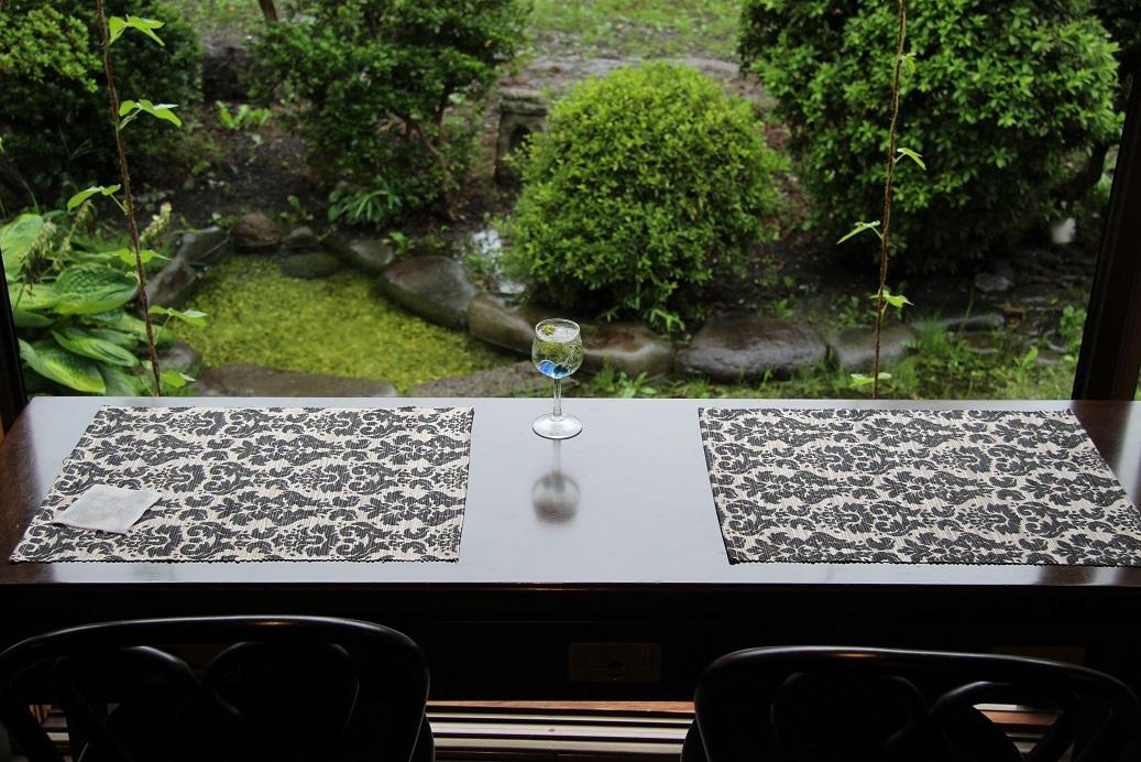 庭を眺めながら_c0335396_12501454.jpg