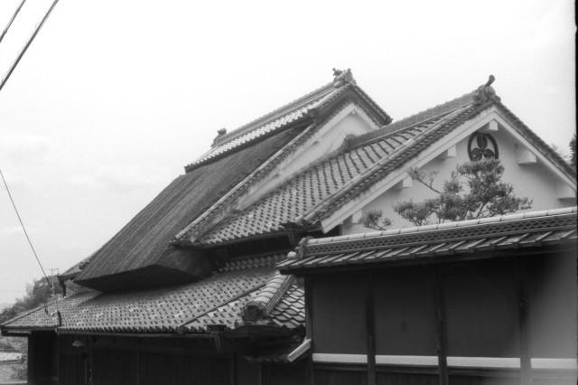 コンタックスを曳き粕屋甚四郎が旧里竹内を訪ねて峠に至る。_d0138130_13024338.jpg