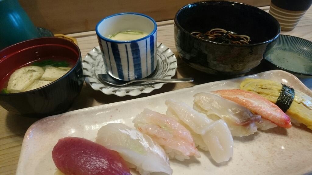 清寿司のすしランチ_b0106766_19404928.jpg