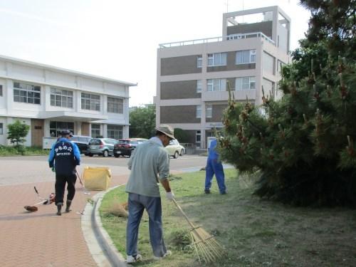 キャンパス清掃活動は 死にそうだった_a0346704_19110455.jpg