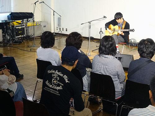 今年も楽しみました!『TOKYOハンドクラフトギターフェス 2017』_c0137404_23460506.jpg