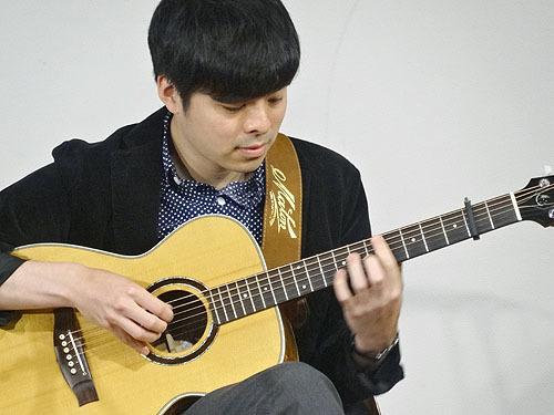 今年も楽しみました!『TOKYOハンドクラフトギターフェス 2017』_c0137404_23464079.jpg