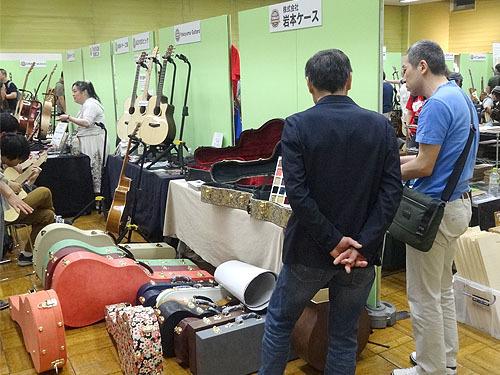 今年も楽しみました!『TOKYOハンドクラフトギターフェス 2017』_c0137404_23524234.jpg